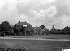 tm_5760 - Tidaholm, Västergötland 1936 (Tidaholms Museum) Tags: svartvit positiv tidaholm 1936 stadspark bostadshus exteriör