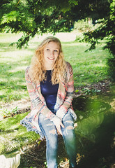 Vicky (Katie3lizabeth) Tags: girl girls senior portrait 2019 2018 work photo photograph portraits sisters love beauty beautiful lady ladies women outdoor trend trendy fall new england newengland tattoo tattoos
