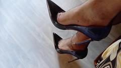 escv (23) (grandmacaon) Tags: highheels hautstalons escarpins sexyheels lowcutshoes toescleavage