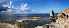 2018-08-05 (Giåm) Tags: fårö gamlahamn rauk raukar raukområde östersjön baltic balticsea baltique merbaltique ostsee østersøen gotland sverige suede sweden schweden giåm guillaumebavière