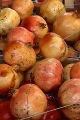 Pomegranates from the street market, Palermo, Sicily (I like green) Tags: streetmarket fruit vegetables palermo sicily italy