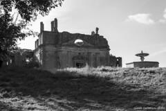 Antica Monterano (Roma) (Giada Cortellini) Tags: lazio italy italia abbey anticamonterano canalemonterano canon canonitalia bnw biancoenero blackandwhite urbex ancientitaly abandonedplaces abandonedvillages visititaly
