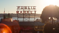 (Brendan Erazo) Tags: seattle pikeplace pike place market waterfront downtown neon sign