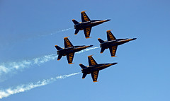 airshow 3 (scott1346) Tags: jets precisionteam acrobatics f18 navy blueangels ambassadors military 1001nights colors blue gold 1001nightsmagiccity 1001nightsmagicwindow canont3i greatphotographers thegalaxy
