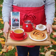Autumnal vibes today 🍁 we're launching our new tea selection from the fabulous guys @teaandthegang ☕️ starting with one of our favourites, Liquorice Digestif  a subtle hint of liquorice with a beautifully sweet finish, paired with our new (bombompatisserie) Tags: loughborough cake cafe bom patisserie