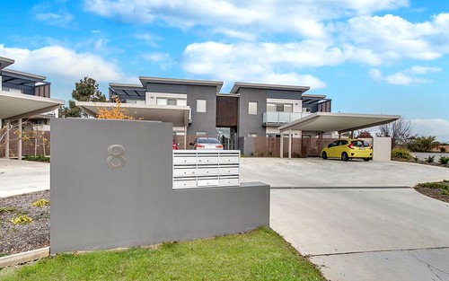 3/8 Jeff Snell Crescent, Dunlop ACT 2615