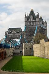 K3A31374 (Cresny) Tags: 2017nypeuropetour europe k3 nyptour pentax towerbridge toweroflondon london england unitedkingdom gb