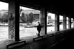Following the river (pascalcolin1) Tags: paris13 homme man rivière river bercy photoderue streetview urbanarte noiretblanc blackandwhite photopascalcolin 5omm canon50mm canon