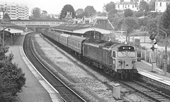 Dull day at Torquay (Wulfruna Kid) Tags: 50005 collingwood class50 hoover englishelectric torquay paigntonbranch station 1979