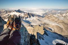 2018_09_16_Grossvenediger_IMG_2962-HDR (homerj4y) Tags: 3657m alpenhauptkamm alpenverein alpinewelten berge bergfã¼hrer bergsteigen gipfel gletscher groãvenediger hochtour hohetauern kã¼rsingerhã¼tte nebel nessie osttirol salzuburg seilschaft steigeisen stirnlampen venedigergruppe wanderung wolken alpen andi nacht sonnenaufgang veronika kürsingerhütte bergführer grosvenediger pilz vanessa