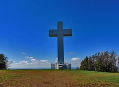Great Cross of Christ (George Neat) Tags: greatcrossofchrist jumonville methodist retreat statue monument memorial religion religious scenic landscape fayette county chalkhill farmington pa pennsylvania historical america usa georgeneat portraits roadtrips neatroadtrips structure