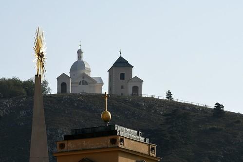 Mikulov, Blick zum  Svatý kopeček (Heiliger Berg)