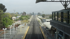 MillbraeStation22SEP18 07 (By Air, Land and Sea) Tags: train rail railway railroad suburban commuter caltrain station depot millbrae california sanfrancisco peninsulacommuteservice pcs