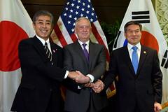 181019-D-BN624-0015 (Secretary of Defense) Tags: ussecretaryofdefensejamesnmattis jamesmattis jimmattis japan southkoreatakeshiiwaya jeongkyeongdoo asean singapore defmin secdef