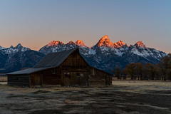 T. A. Moulton Barn (itsBryan) Tags: grandteton grandtetonnationalpark grand teton nature sony sonyalpha sonyg sonya7r sonya7r2 sonya7rii sunrise wyoming snow moultonbarn barn mountains winter fall carlzeiss