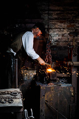 Chain making (Stuart J Powell) Tags: blackcountrylivingmuseum bclm foundry chain iron working