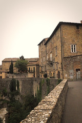 Volterra 154 (Helen White Photography) Tags: volterra tuscany italy etruscan roman veganeateries vegantowns veganholidays