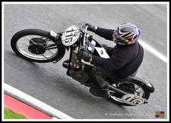Roger Moss (5) (nowboy8) Tags: nikon nikond7200 vmcc cadwell cadwellpark bhr lincolnshire 300918 vintage classic wolds motorcycle