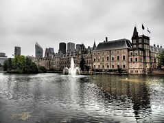 Hofvijver, looking at the Binnenhof (M_Strasser) Tags: holland olympus olympusomdem1 netherlands