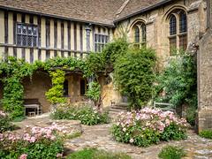 Great Chalfield Manor back courtyard, Wiltshire (Bob Radlinski) Tags: cotswoldsbath england europe greatbritain greatchalfield greatchalfieldmanor uk wiltshire travel nationaltrust