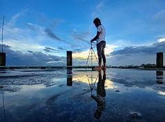 Reflection (samiatsourav) Tags: bangladesh lg blue black mobile evening dhakabangladesh landscape photography flickrfriday flickrheroes flickrestrellas natgeo