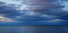 Scarborough sunrise (Pwern2) Tags: scarborough scarboroughbluffs toronto the6 ontario lakeontario lake freshwater highlandcreek rougeriver watershed nature landscape bluehour sunrise canada canadian clouds cottoncandy navyblue greatlakes to marina sky