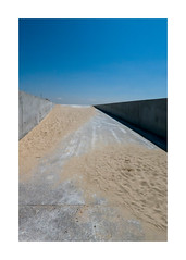 Formes 55 (godelieve b) Tags: france plage sable sand formes shapes angle diagonale traces simplicity abstract extérieur outside chemins path road concrete beton nobodyisthere
