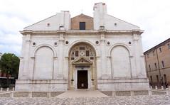 Rimini tempio malatestiano (berightbackblog) Tags: rimini romagna emiliaromagna italia italy mare streetart