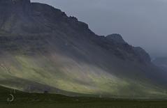 Percée de soleil (bd168) Tags: landscape mountainside grass sky volcan volcano fog brouillard sun soleil island iceland voyages travels em10markii m14150mmf456iied