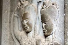Apsara, Angkor Vat (voyagesphotos) Tags: asia asie cambodge cambodia angkor vat siemreap temple hindu hinduism hindou hindouïsme sculpture pierre stone architecture building bâtiment