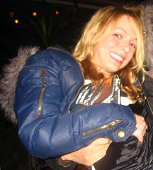 Nylon Down Jacket & Co.  (47) (Nylon Down Jacket & Co.) Tags: winterjacke 겨울재킷 steppjacke skianzug snowsuit 冬季外套 puffy jacket donsjack parka downjacket daunenjacke wintercoat weste parker ダウンジャケット schneeanzug wintermantel puffyvest winterjas เสื้อหนาว skisuit polyamid down piumino mantel cold snow jacke steppweste coat winterjacket steppmantel пуховик puffyjacket anorak skioverall nylon downcoat anorack skijacke glanznylon gilet pant nylonmantel padded kurtka 다운재킷 doudoune 冬のジャケット daunenmantel puffycoat skipak shiny 羽絨服 kapuze skihose sexy winter polyester vest nylonjacke dzseki jakna