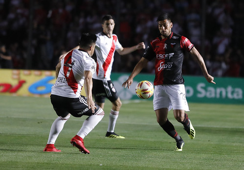 """Colón vs. River Plate • <a style=""""font-size:0.8em;"""" href=""""http://www.flickr.com/photos/161425651@N05/45438428941/"""" target=""""_blank"""">View on Flickr</a>"""