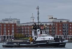SD Independant (1) @ Portsmouth Harbour 08-10-18 (AJBC_1) Tags: boat vessel england unitedkingdom uk dlrblog ©ajc hampshire ship shipping ajbc1 thesolent greatbritain gb nikond5300 portsmouth serco tug tugboat sdindependant sercodenholmmarineservices portsmouthharbour