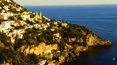 Praiano (Miradortigre) Tags: italia italy sea tyrreno thyrrean mare praiano costa amalfitana costiera golden hour atardecer sol sun sunset