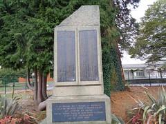Monument aux morts de l'école