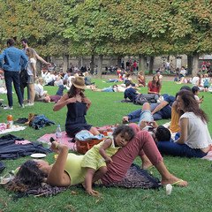 A Sunday afternoon at the Luxembourg Gardens (pivapao's citylife flavors) Tags: paris france people girl jardinduluxembourg children