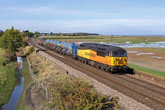 56078+56087 Oakenholt 9th October 2018 (John Eyres) Tags: after poor weather last week it was first crack grids north wales rhtt 56078 plus mucky 56087 run along dee estuary oakenholt between flint connahs quay 3s71 2120 coleham shrewsbury