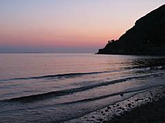 Twilight Sea! ('cosmicgirl1960' NEW CANON CAMERA) Tags: evening twilight bluehour sky sea cymru wales gogledd north llandudno seaside coastal gwynedd snowdonia eryri yabbadabbadoo westshore