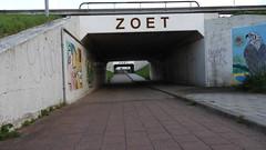DSCN8840 (DutchRoadMovies) Tags: stevinsluizen afsluitdijk den oever a7 rijksweg ijsselmeer waddenzee bridge lake freeway motorway water sea locks
