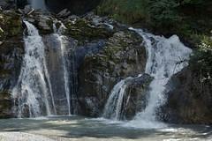 Reichenbachfall. (limburgs_heksje) Tags: zwitserland schweiz swiss alpen berner oberland kantonbern waterval 250meter water