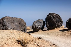 Montaña Blanca (Teide/Tenerife/Espagne) (PierreG_09) Tags: montañablanca teide parcnationalduteide volcan volcanique volcano loshuevos lesœufs bombesvolcaniques pathscaminhos