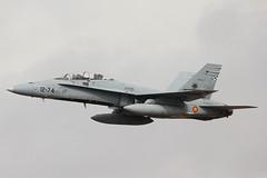 F-18 del Ala 12 (Ejército del Aire Ministerio de Defensa España) Tags: avión aviación aviation plane airplane airforce fuerzaaérea ejércitodelaire spanishairforce baseaérea torrejón cielo nubes 43grupo ala12 f18 fighter