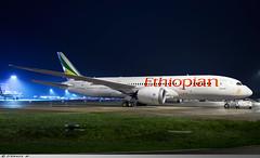 Boeing 787-8 Dreamliner Ethiopian Airlines ET-ASH (Clément W. - Jet 4U Aviation Photography) Tags: boeing 7878 dreamliner ethiopian airlines etash lfpg cdg