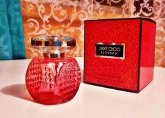 Blossom  de Jimmy Choo (Gabriela Andrea Silva Hormazabal) Tags: perfumes perfume parfum eaudeparfum jimmychoo blossom fuccia