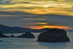 Atardecer desde el Faro de Matxitxako (juancarlosbarbavillamor) Tags: afsvrmicronikkor105mmf28gifed sanjuandegaztelugatxe matxitxako d810 nikon nikonflickraward