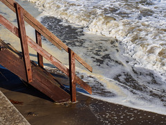 Shanklin Sea Front-EA100558 (tony.rummery) Tags: em10 england iow isleofwight mft microfourthirds omd olympus sea seafront seascape shanklin steps surf waves unitedkingdom gb