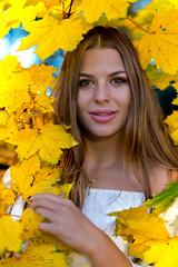 Lady autumn (piotr_szymanek) Tags: kornelia korneliaw portrait outdoor woman young skinny autumn face eyesoncamera colors leves smile hand 1k 20f 50f 5k 100f 10k 20k 30k 40k 50k