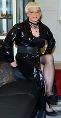Birgit027328 (Birgit Bach) Tags: dress kleid pvc buttonthrough durchgeknöpft shiny glänzend