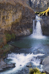 Celestial Falls, Oregon (icetsarina) Tags: celestialfalls oregon cliff pond pool blue