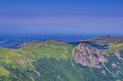 28 août 2018 - Auvergne, Cantal,la chaîne des Puys, la vue depuis le Puy Mary (paspog) Tags: cantal puy auvergne puys chaînedespuys france puymary montagne montagnes mountains mountain berg bergen août 2018 august